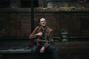 Mark Erelli Releases Wistful 'Not Quite Christmas'