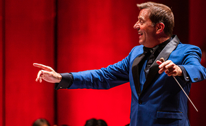 Steven Reineke Renews With the Houston Symphony as Principal POPS Conductor Through 2026–27 Season