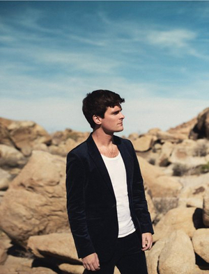 Tom Speight Shares New Track 'Everything's Waiting For You'