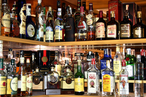 HOME BAR-Stock up for 2021