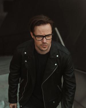 Keith Wallen Releases New Single 'Dream Away'