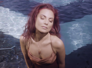 MJ Songstress Releases Music Video for 'Carousel'