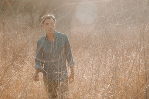 JOSHUA RADIN Announces New Album 'The Ghost and the Wall'