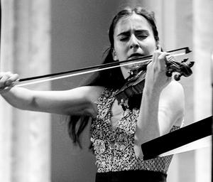 Opus 3 Artists Signs Violinist Diana Adamyan