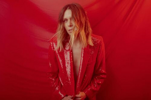 Elise Davis Releases New Song 'Empty Rooms' From New LP