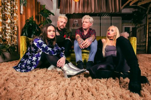 Paper Jackets Share New Single 'White Noise'