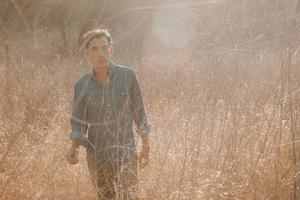Joshua Radin Shares Boisterous Folk Pop Anthem 'You're My Home'
