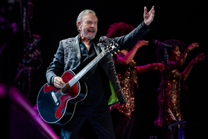 Breaking: Neil Diamond Musical A BEAUTIFUL NOISE Will Have World Premiere in Boston in 2022; Steven Hoggett Joins Creative Team
