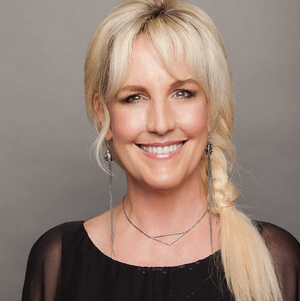 Erin Brockovich Joins WRITERS ON A NEW ENGLAND STAGE Series With New Book SUPERMAN'S NOT COMING