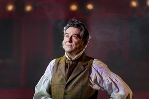 BWW Review: BEING MR WICKHAM, Theatre Royal Bury St Edmunds Online