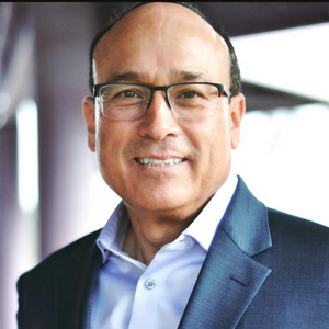 Stephen Baker Named Director of Marketing for Sarasota Opera