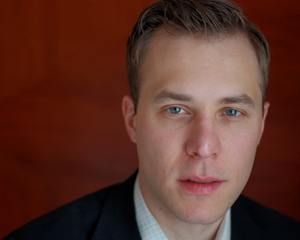 Ian Belknap, Artistic Director of The Acting Company, to Step Down at the End of the Year