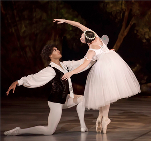 BWW Review: Cape Town City Ballet's Double Bill of INGOMA / LES SYLPHIDES Set to Enchant and Enthuse