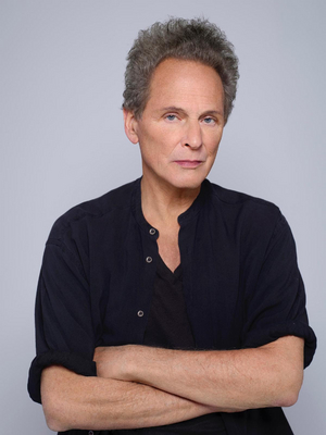Lindsey Buckingham Announces First Solo Album in a Decade
