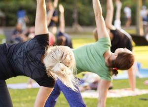 Tulsa Opera Offers Free Outdoor Yoga Classes Through June 22