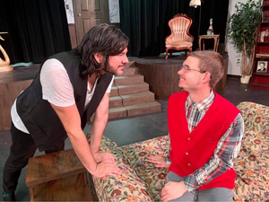 BWW Review: Jewel Box Swoops in with THE VULTURES