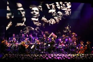 La Sinfónica Pop del Soho actuará con NOTAS DE CINE en Starlite Festival junto a Antonio Banderas