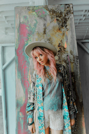 Lindsey Stirling Releases Official Music Video For 'Masquerade'