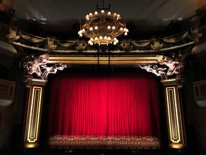 Student Blog: Broadway is Back!