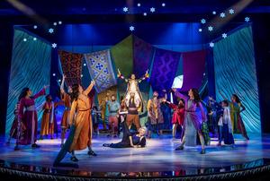 JOSEPH AND THE AMAZING TECHNICOLOR DREAMCOAT Begins Performances at the London Palladium Tonight