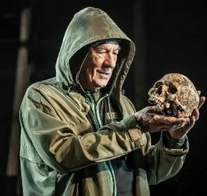 Two Actors Depart HAMLET, Starring Ian McKellen, Amidst an Ongoing Disagreement