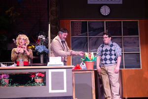 BWW Review: LITTLE SHOP OF HORRORS at Arizona Broadway Theatre