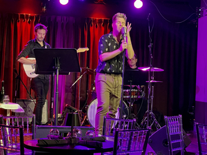 BWW Review: JESSE JP JOHNSON Delivers Some SWEET SWEET LOVIN at The Green Room 42