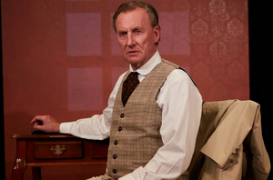 BWW Review: DR.  GLAS at North Coast Rep proves some prescriptions are deadly