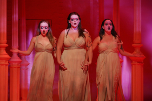 BWW Reviews: Santa Fe's Back with a MIDSUMMER Treat and a LORD-ly Mishap