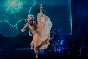 Lindsey Sterling to Perform On AMERICA'S GOT TALENT Tonight