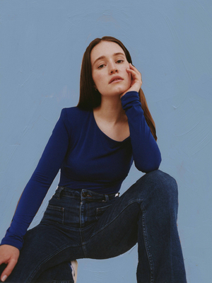 VIDEO: Sigrid Releases New Music Video for 'Burning Bridges'