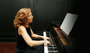 Pianist Carolyn Enger to Perform at BBPAC