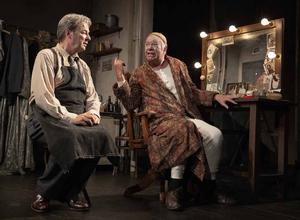 BWW Review: THE DRESSER, Theatre Royal Bath