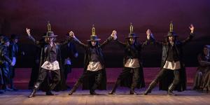 UN DÍA COMO HOY: FIDDLER ON THE ROOF se estrenaba en Broadway