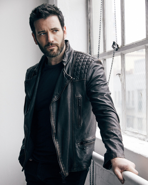 Colin Donnell to Lead New Peacock Thriller IRREVERENT