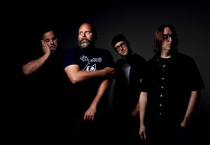 Palm Ghosts Release 'Bloodlight'; Announce New Album