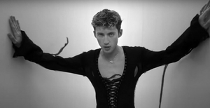 VIDEO: Troye Sivan Shares Music Video for 'Angel Baby'
