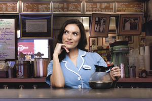 Chelsea Halfpenny Will Lead the Cast of the WAITRESS UK and Ireland Tour in 2022