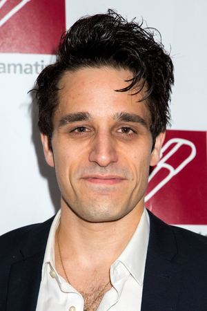 Jared Zirilli Stars In World Premiere Of Greenberg And Rosen's DRACULA: A COMEDY OF TERRORS