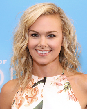 Laura Bell Bundy, Taylor Iman Jones, Annie Golden and More Will Star in I AM WOMAN: A CONCERT FOR FEMALE EMPOWERMENT