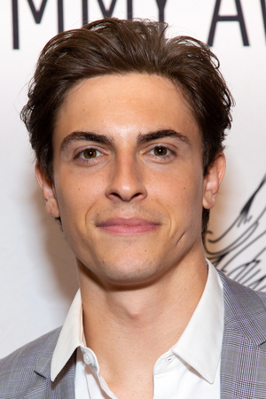Podcast: LITTLE KNOWN FACTS with Ilana Levine and JAGGED LITTLE PILL's Derek Klena