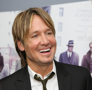 Keith Urban Performs Surprise Live Show at Drive-In Movie Theatre