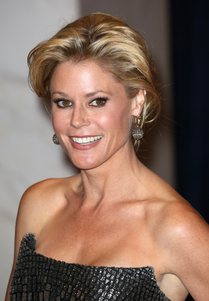 Julie Bowen, Ann Harada and More Brown University Alumni to Perform in TOGETHER APART