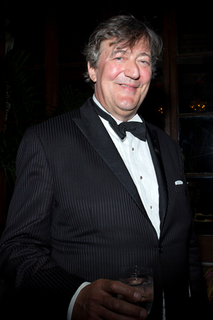 Stephen Fry Joins the Cast of LA Opera's Premiere of OEDIPUS REX as the Narrator