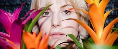 Hayley Williams Debuts Solo Single 'Simmer'