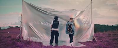 VIDEO: Rauw Alejandro & J Balvin Perform 'De Cora