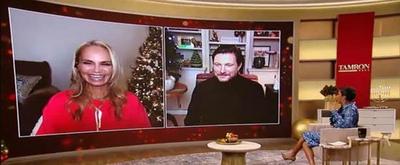 VIDEO: Kristin Chenoweth & Ty Herndon Perform Holiday Duet 'Orphans of God' on TAMRON HALL