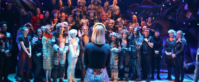 Photo/Video: Celine Dion Visits CATS Tour