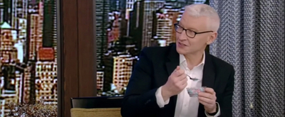 VIDEO: Anderson Cooper Tries Dippin' Dots for the First Time on LIVE WITH KELLY AND RYAN