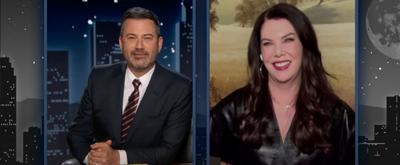 VIDEO: Lauren Graham Talks About the GILMORE GIRLS Resurgence on JIMMY KIMMEL LIVE!